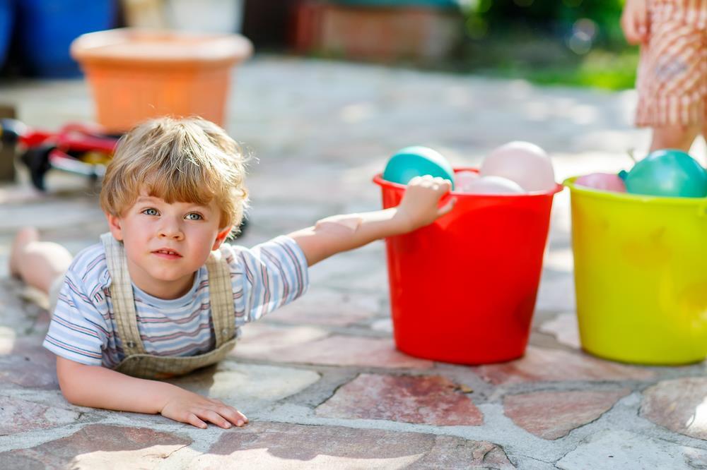 bomby wodne - świetna zabawa dla najmłodszych