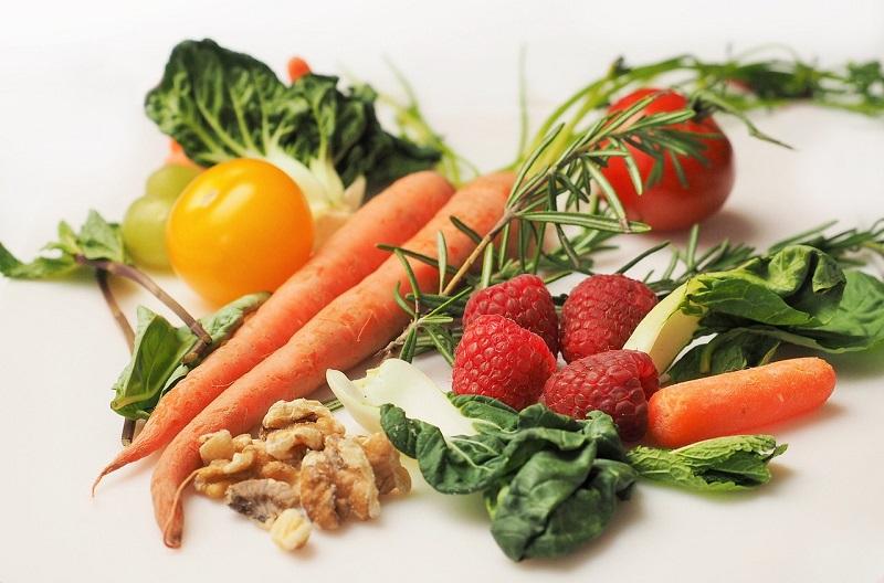 Zdrowa dieta to podstawa efektywnego chudnięcia po ciąży