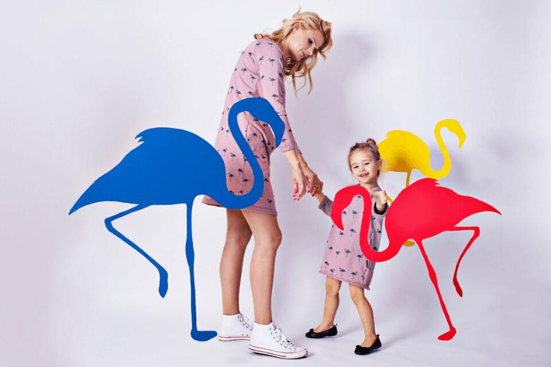 b1b92136567acc Ubrania dla mamy i córki - hit sezonu! Poznaj bliźniacze zestawy ciuchów:  sukienki,
