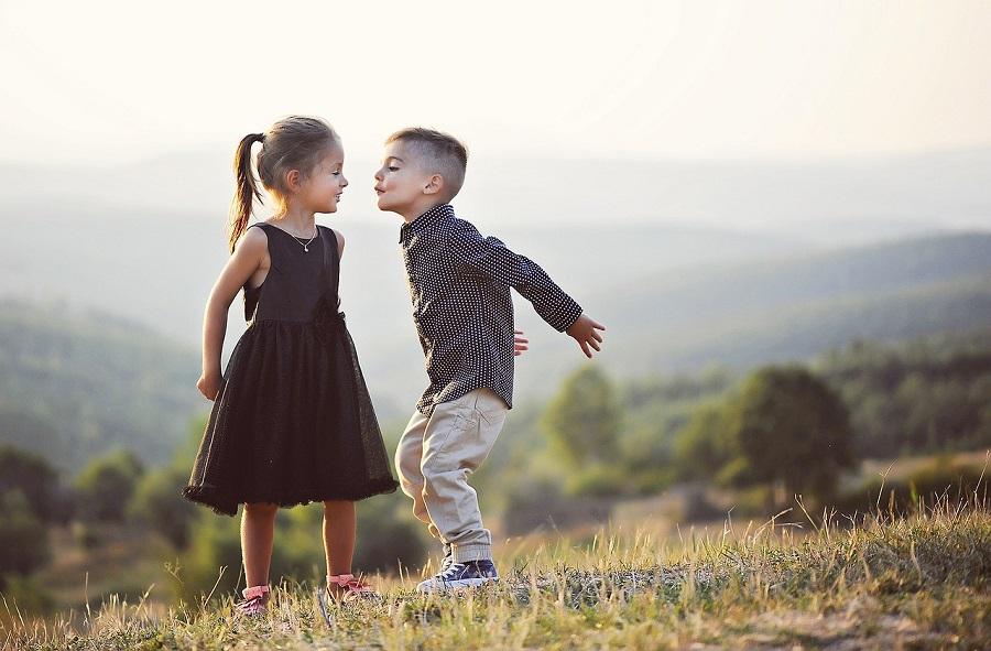 48311e8a58347f Ubrania dla dzieci – jak wybrać odzież dopasowaną do pory roku?  Przedstawiamy praktyczne porady!